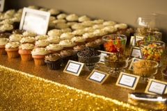 cupckae-custom-wedding-buffet