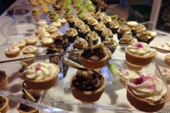 custom-dessert-buffet